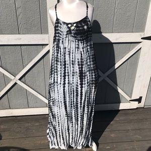Dresses & Skirts - Black White Tye Dye Maxi Dress Xl